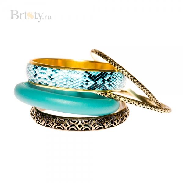 Комплект браслетов из разных материалов