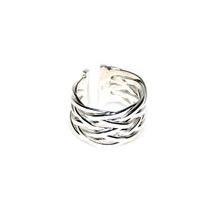 Элегантное широкое кольцо с плетением